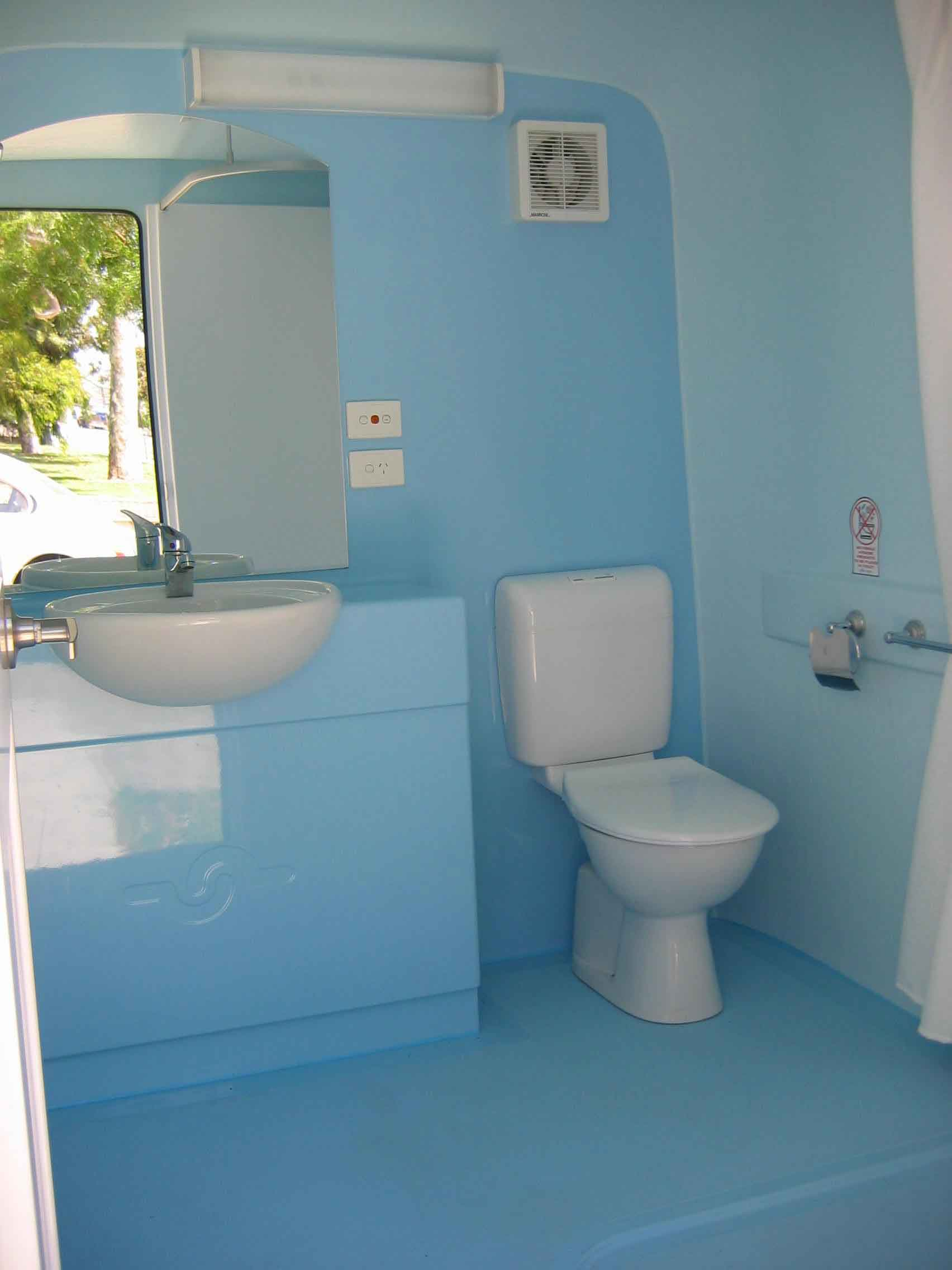 portable bathroom hire luxury ensuite mobile bathrooms - Mobile Bathroom